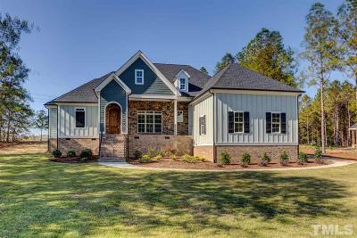 Fuquay Varina Single Family Home For Sale: 3805 Barberry Lake Court