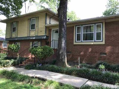 Raleigh Single Family Home Contingent: 2505 Foxgate Drive