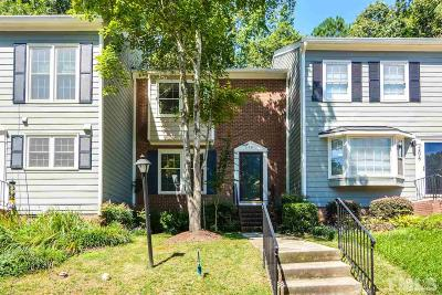 Cary Townhouse For Sale: 208 Bay Drive