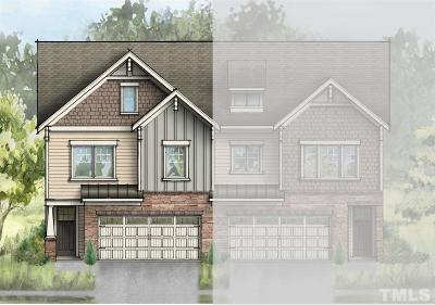 Townhouse Pending: 253 Vista Creek Place