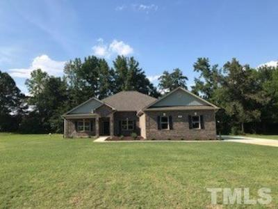 Harnett County Single Family Home For Sale: 215 Planters Lane #Lot 7