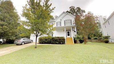 Holly Springs Single Family Home For Sale: 105 Holly Green Lane