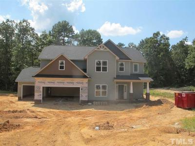 Harnett County Single Family Home For Sale: 302 Gwendolyn Way
