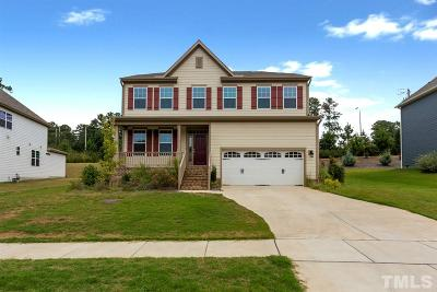 Holly Springs Single Family Home For Sale: 613 Prince Drive