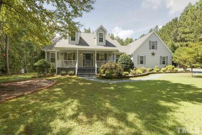 Lee County Single Family Home For Sale: 124 Clifton Lane