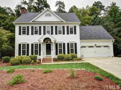 Cary Single Family Home For Sale: 137 Huntsmoor Lane