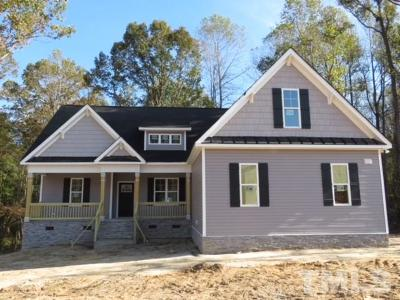 Johnston County Single Family Home For Sale: 145 Farmall Drive