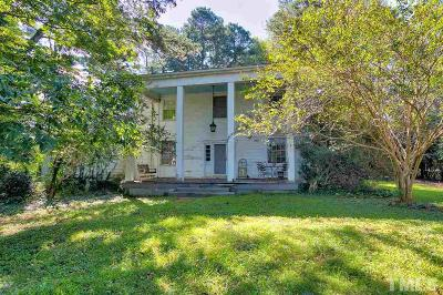 Single Family Home Contingent: 1401 Leanne Court