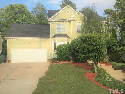 Cary Single Family Home For Sale: 105 Chancellors Ridge Court