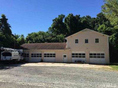 Durham County Commercial Contingent: 1424-1426 Bahama Road