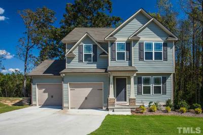 Benson Single Family Home For Sale: 122 Larksdale Cove