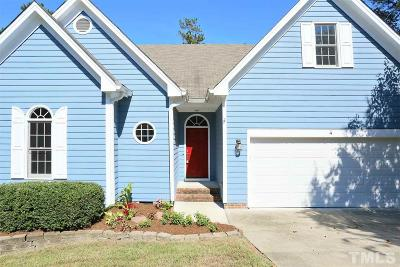 Durham Single Family Home For Sale: 4 Geneva Court