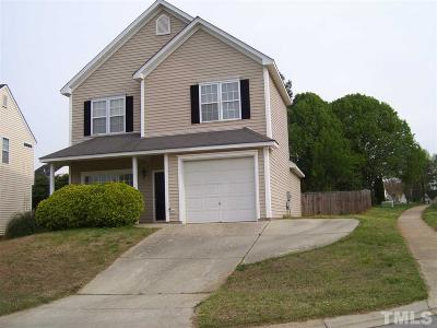 Holly Springs Single Family Home For Sale: 109 Creek Haven Drive
