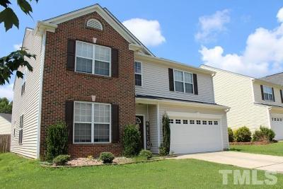 Holly Springs Single Family Home For Sale: 152 Smith Rock Drive