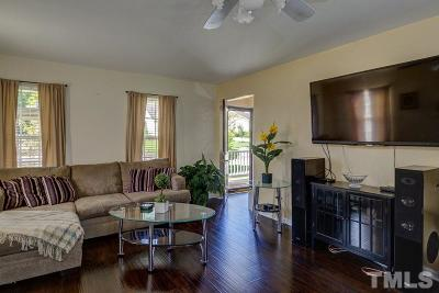 Durham Single Family Home Contingent: 904 Hounds Chase Drive