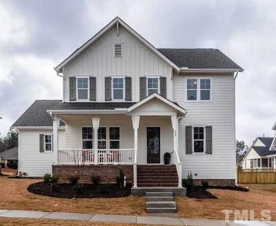 Holly Springs Single Family Home For Sale: 412 Ancient Oaks Drive