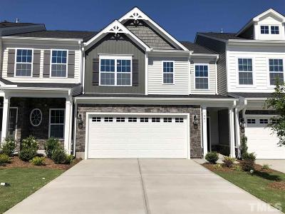 Fuquay Varina Townhouse For Sale: 541 Barneswyck Drive