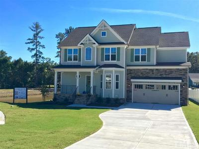 Holly Springs Single Family Home For Sale: 105 Virginia Creek Drive