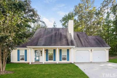 Durham Single Family Home For Sale: 12 S Berrymeadow Lane
