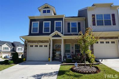 Holly Springs Townhouse For Sale: 238 Beaconwood Lane