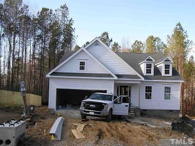 Fuquay Varina Single Family Home For Sale: 8104 Fieldcrest Lane