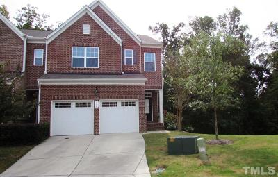 Townhouse For Sale: 230 Kylemore Circle