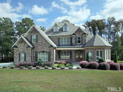 Fuquay Varina Single Family Home Contingent: 5705 Accipiter Court