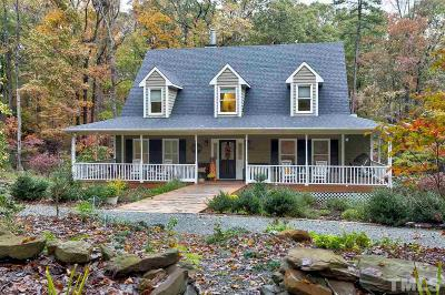 Chapel Hill Single Family Home For Sale: 25 Tanager Lane