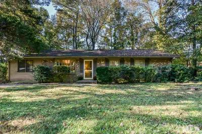 Carrboro Single Family Home For Sale: 204 Lynn Drive