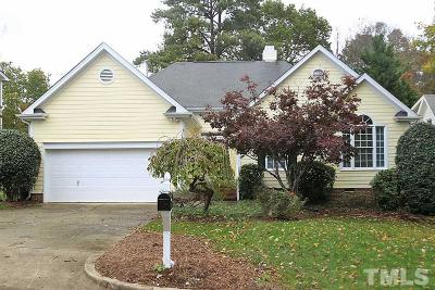 Cary Single Family Home For Sale: 211 Wagon Trail Drive