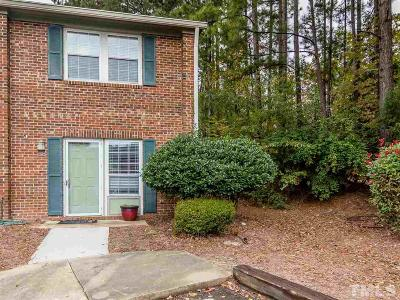 Carrboro Townhouse Contingent: 139 Friar Lane