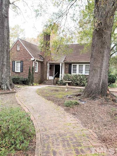 Lee County Single Family Home For Sale: 514 Sunset Drive
