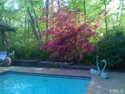 Chapel Hill Single Family Home For Sale: 406 Lakeshore Lane