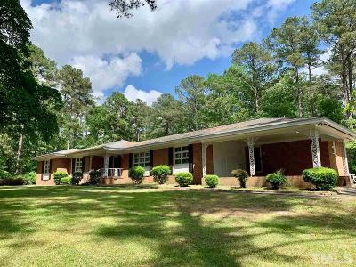 Sampson County Single Family Home Pending: 2061 S Salemburg Highway