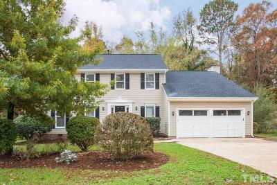 Cary Single Family Home For Sale: 309 Heathridge Lane