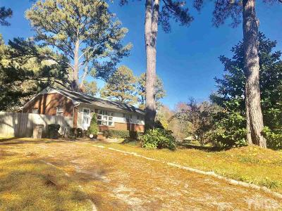 Garner Single Family Home For Sale: 1407 Meadowbrook Drive