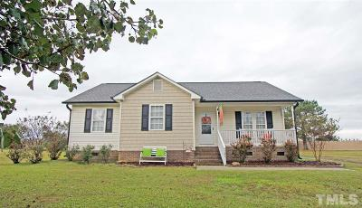 Dunn Single Family Home For Sale: 121 Stratford Drive