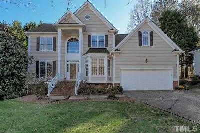 Cary Single Family Home For Sale: 202 Crickentree Drive