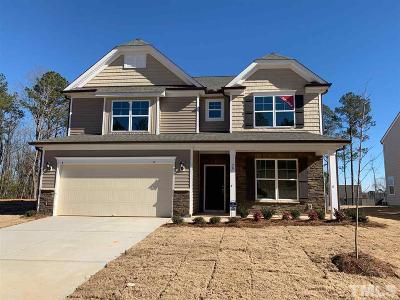 Garner Single Family Home For Sale: 70 Cliffview Drive