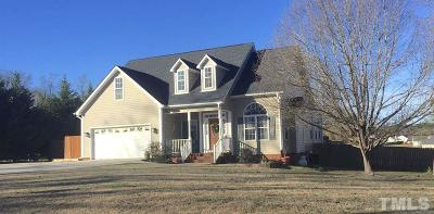 Harnett County Single Family Home For Sale: 39 Oak Bluff Court