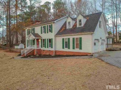 Clayton Single Family Home For Sale: 211 Stonebrook Drive