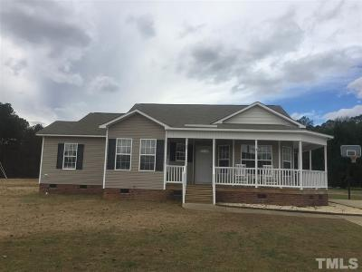 Johnston County Single Family Home For Sale: 29 Thistle Drive