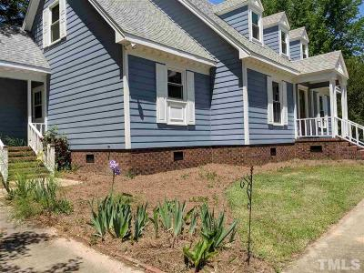 Clayton Single Family Home For Sale: 133 Colonial Drive