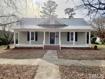 Johnston County Single Family Home For Sale: 321 W Parrish Drive