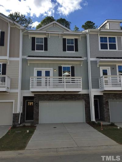 Apex Townhouse For Sale: 1026 Diamond Dove Lane