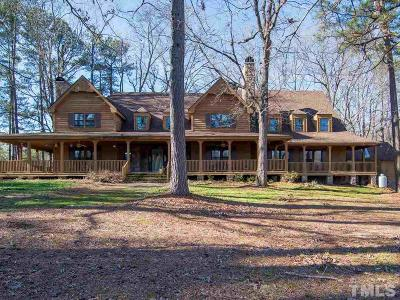 Zebulon Single Family Home For Sale: 104 Lake Shore Drive