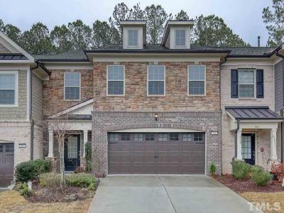 Cary Townhouse For Sale: 265 Daymire Glen Lane