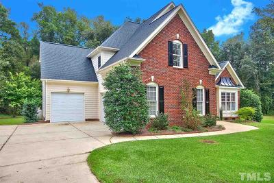 Fuquay Varina Single Family Home Contingent: 6504 Cross Meadow Court