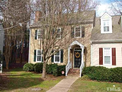 Raleigh Townhouse For Sale: 1711 Berwickshire Circle