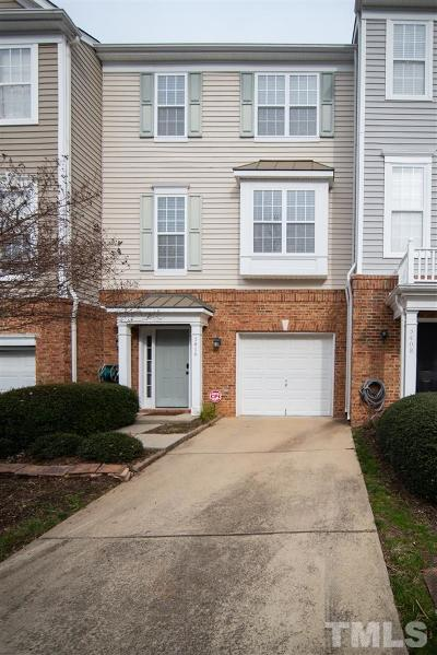 Raleigh Townhouse Pending: 5410 Bayside Court